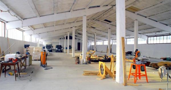 Hala de 1200mp cu 850mp teren, pentru productie - depozitare