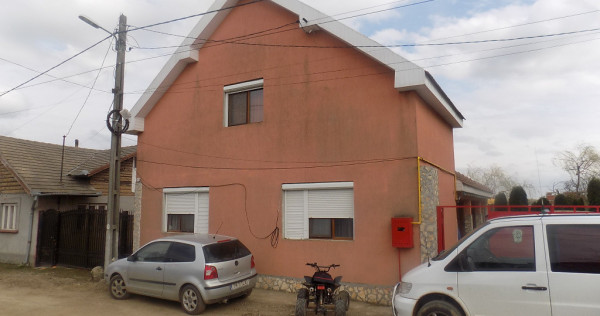 Casa 6 camere, p+m, finisata in 2010, Santandrei, Bihor