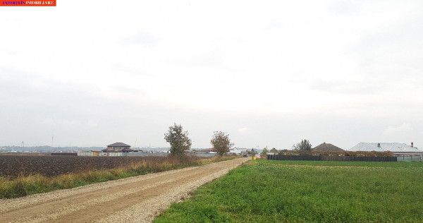 Schineni, casa BCA, 130mp, la rosu, 5000mp teren