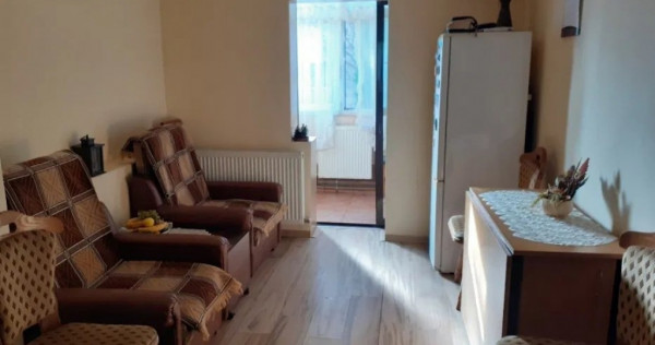 Apartament 3 camere - 70 mp, etaj 1 - BRADET