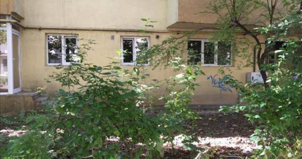 Birouri / Spatiu de inchiriat, zona Alexandru Vlahuta.