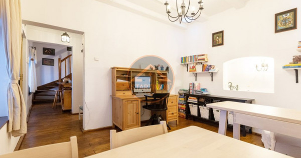 Apartament ultracentral 3 camere Castelului Brasov