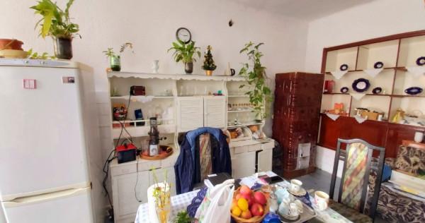 Pischia - casa 10 cam. - teren 4134 mp - investitie Sp.Comer