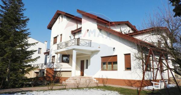 Vila exclusivista Iancu Nicolae   Garaj & Piscina   Teren...