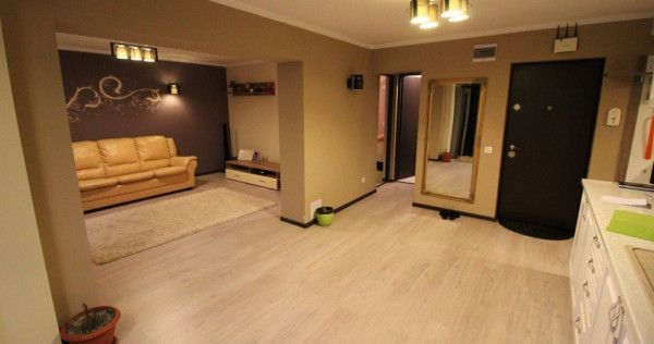 Apartament 3 camere în Călan, 62mp, etaj 2/4, decomandat