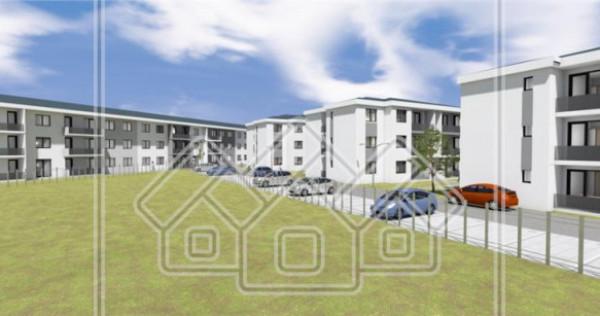 Apartament in ansamblu nou, zona buna, balcon, etaj 1/2