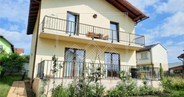 Casa individuala - mobilata Mobexpert - 220 mp curte libera