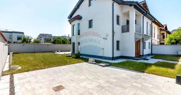 Casă / Vilă cu 5 camere în zona Baneasa, Sisesti