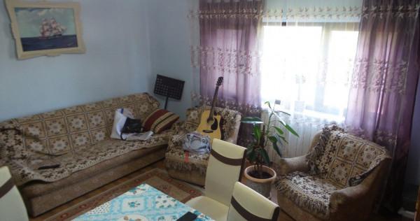 Apartament zona Longinescu - Razboieni