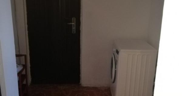 Apartament 2 camere Mioveni Sud Vest