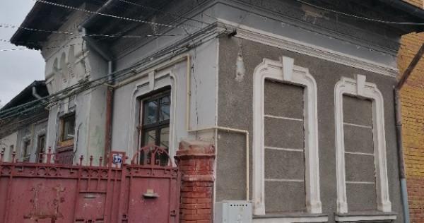Casa parter + pod inalt + magazie/garaj zona Timpuri Noi