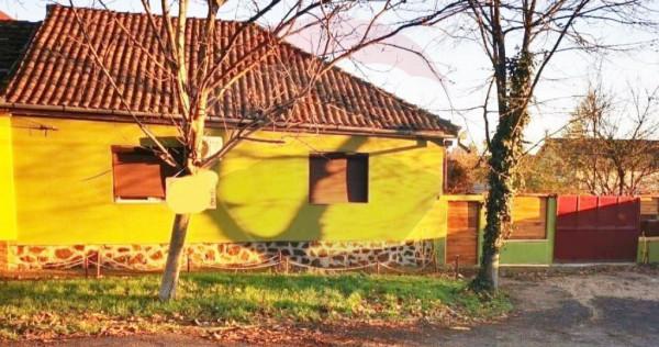 Casă Vlaicu cu mansarda, 4 camere, teren 529mp , renovat...