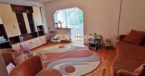 Reșița, apartament 2 camere, decomandat, 65 mp, Govândari,