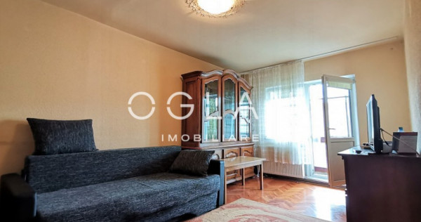 Apartament 4 camere, Etaj 2, zona Sub Arini