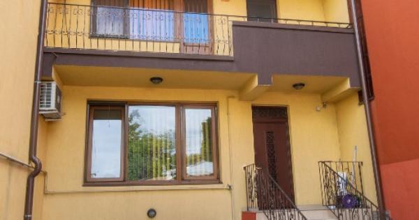Vila S+P+2 zona V.Lascar - Eminescu