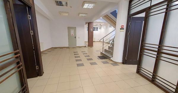 Inchiriere spatiu birouri comercial central Pitesti