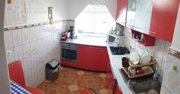 Apartament 2 camere, central, spatios, renovat, mobilat !