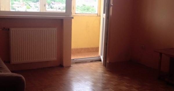 O camera in apartament cu 2 camere in Decebal pe Sovata