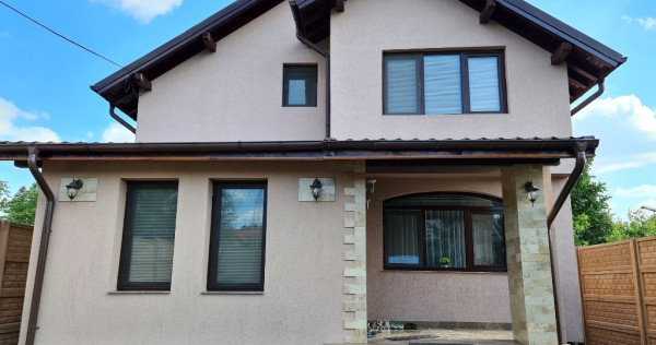 Casa P+M in Campina, cartier Muscel, an 2012, teren 450 mp !