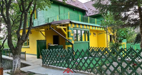 Vila in Breaza D+P+E, 5 camere, 2 bai, 2 garaje, teren 800 m