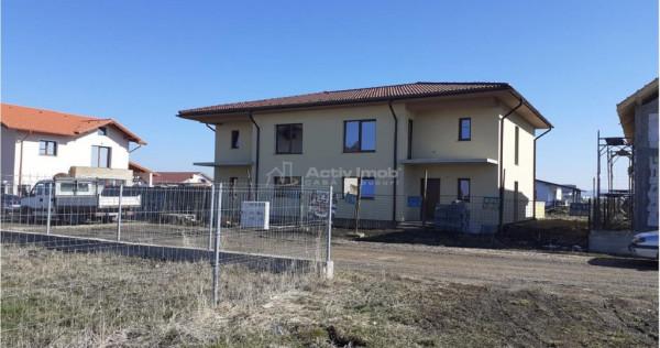 Casa tip duplex P E - 4 camere- Sanpetru Brasov