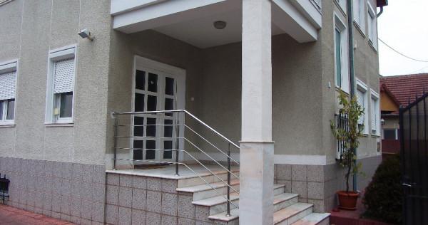 Casa in Deva, ultracentrala, PRETABILA SI PENTRU CLINICA