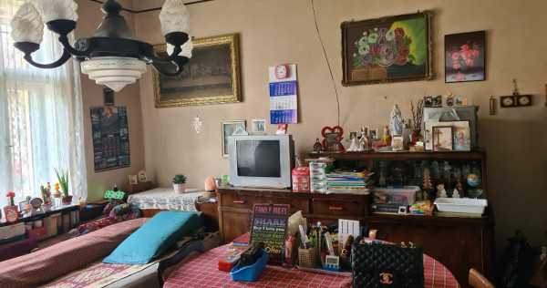 Casa 3 camere zona Vlaicu