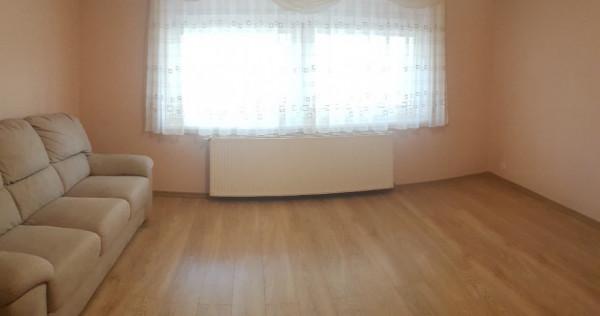 Apartament doua camere, deco, 54 utili, balcon mare, beci