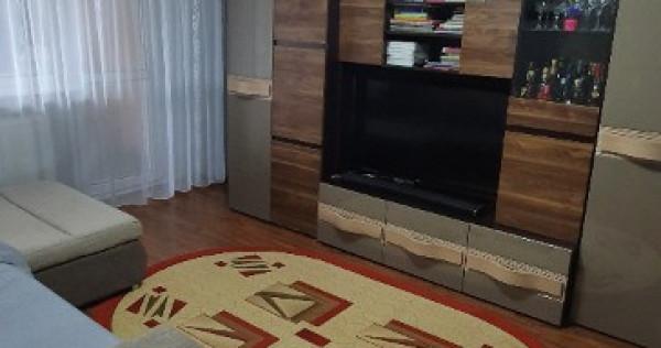 Apartament cu 2 camere, zona Radu Negru (Viziru).