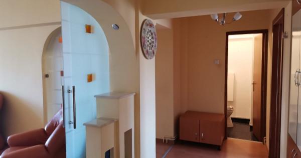 Inchiriere 3 camere Centrul Civic