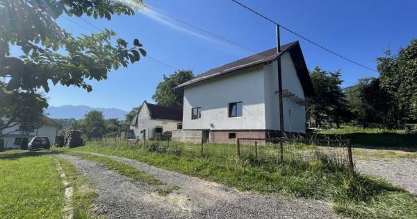Casa Batraneasca Reconditionata Tohanita Zarnesti 2300 mp...