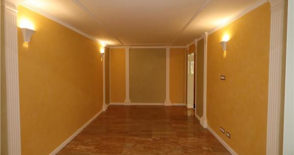 Apartament 2 camere, zona Penny -1 Decembrie, de