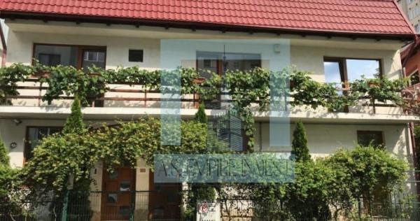 Casa singur in curte (fosta gradinita) renovata - zona Astra