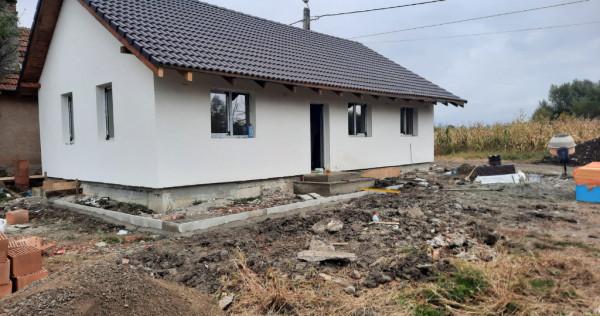 Casa noua 15 km Brasov Oras