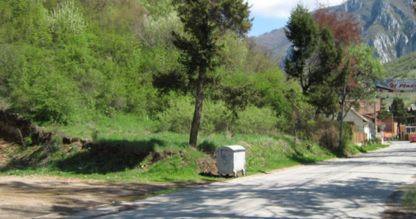 Teren Baile-Herculane 1100 mp