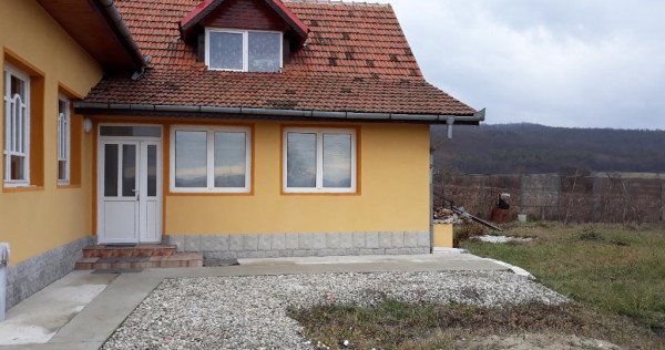 Închiriez hala in Balata pt.desfasurat activitate si locuit