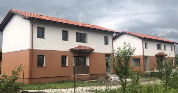 Case/Vile 3 camere,2 bai Stupini Brasov