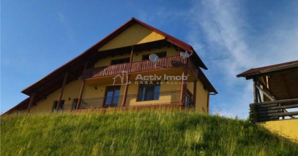 Casa vacanta/Cabana- 35 ari-Ciubar, barbecue, foisor-Josenii