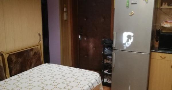 Apartament cu 3 camere Sasar