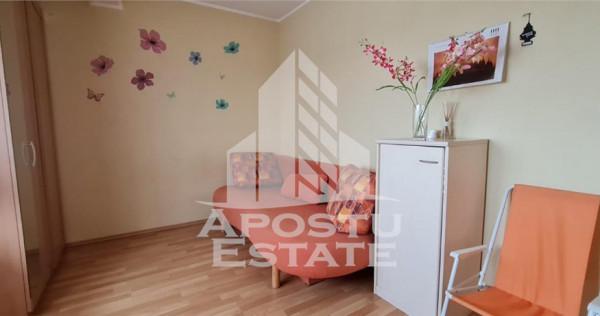 Apartament cu 3 camere in zona Dambovita