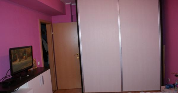 Apartament 3 camere in zona buna si noua Iosia