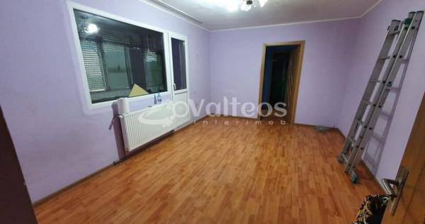 Resita, apartament 2 camere, 61mp, Micro I