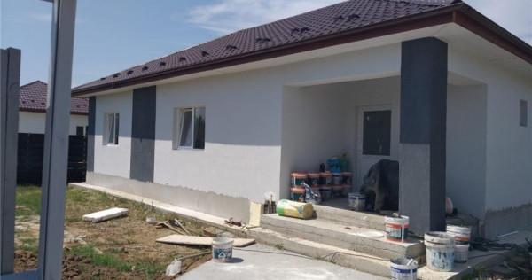 Casa individuala Domnesti,4 camere ,2 bai,tern 400 mp.