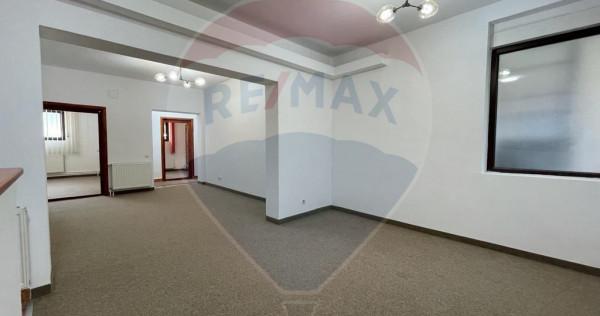 Oportunitate investitie, apartament 5 camere zona Ferdina...