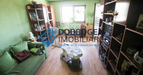 Mircea Voda, 3 camere, decomandat, centrala termica