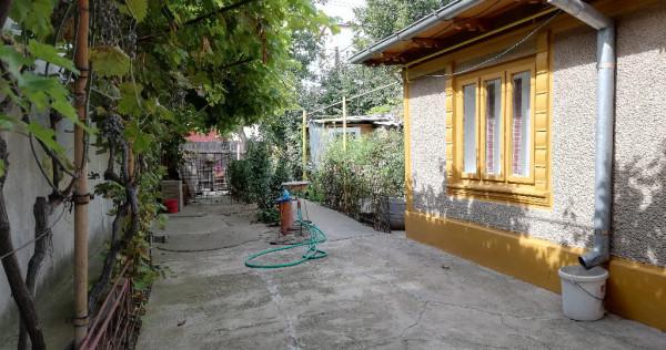 Casa ,Radu Negru, aproape de Sitalul judetean