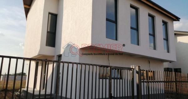 Vila tip duplex finalizata in comuna Berceni !
