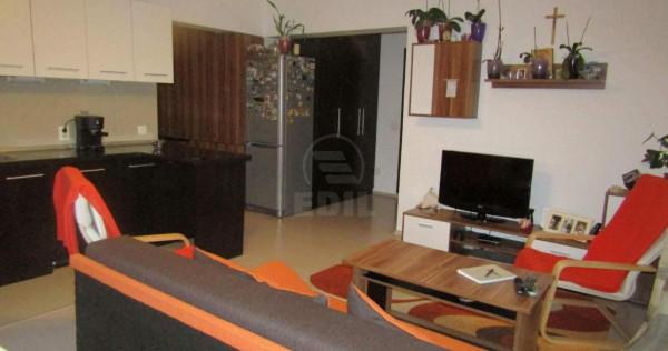 Apartament cu terasa