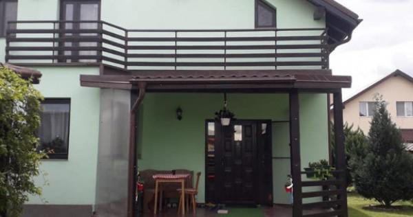 Casa zona SANPETRU la intrare